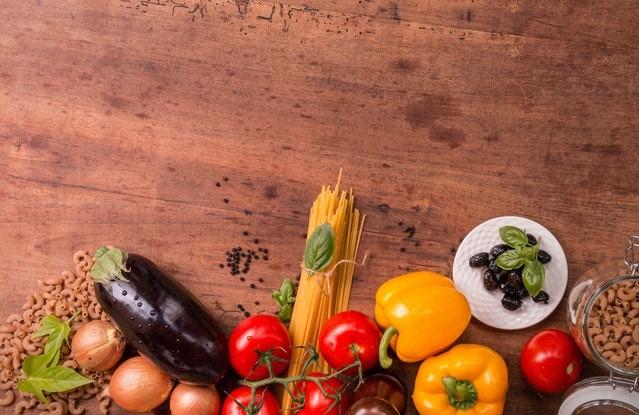 Spis på budget – 4 tips til billige retter og madvarer